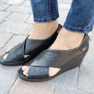 Donald J Pliner Marti Black Leather Wedge Sandals